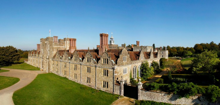 Knole Stories brings you the memories of people who have lived and worked at Knole, in Sevenoaks, Kent