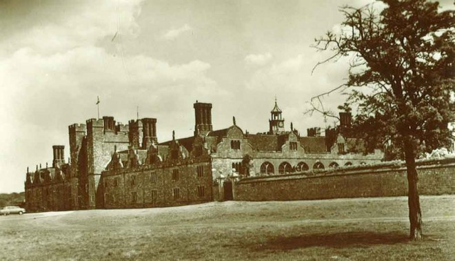 James Cox Doggett walked to Knole in the 1870s from the east end of London, to find work as a wheelwright.