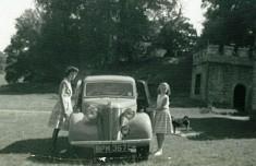 Jacquie Elphick and Linda Grimwood (nee Budgen)