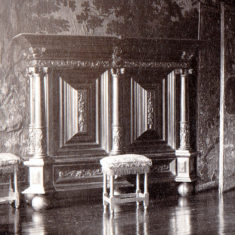 Archived image of kussenkast on display in Spangle Bedroom in the 19th century